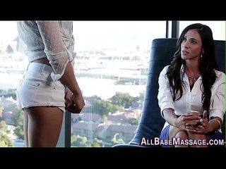 Les sensual foot massage