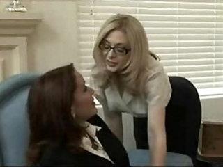 MILFs Lesbian Porn